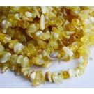 Kollase Opaali chipsid 5-8mm looduslik, nööril u 42cm, 1 tk