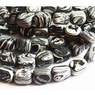 Sebra Jaspis sünteetiline 12-15x8-12mm, värvitud, ava 1,5mm, must-valge, 4 tk