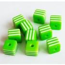 Kunstvaigust kandiline helmes 8mm roheline-valge, ava 1,5mm, 10 tk