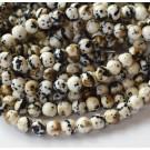 Jadeiit 6mm sünteetiline ümar värvitud, valge-must-pruun, 1 tk