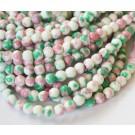 Jadeiit 4mm sünteetiline ümar värvitud, valge-roosa-roheline, 10 tk