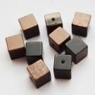 Kunstvaigust kuubik 9x9mm  pruun-must, 1 tk